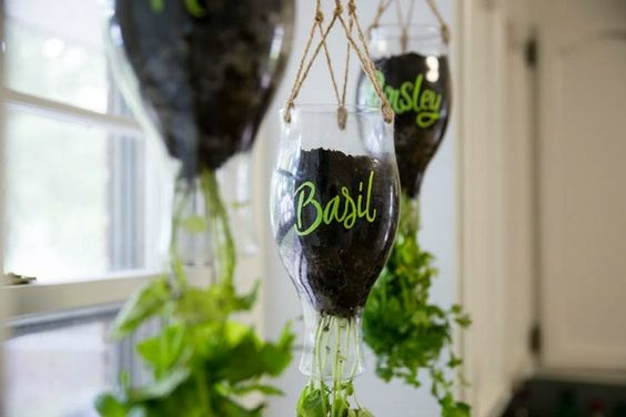 50 Ways to Reuse Plastic Bottles to Cute Planters Ideas 14
