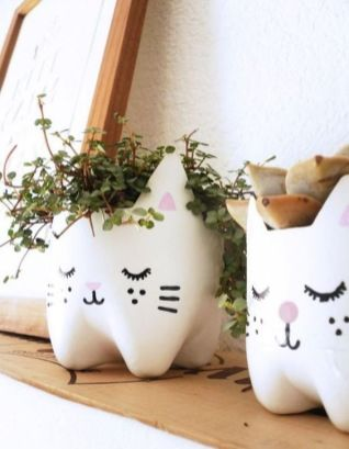 50 Ways to Reuse Plastic Bottles to Cute Planters Ideas 23