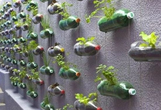 50 Ways to Reuse Plastic Bottles to Cute Planters Ideas 49