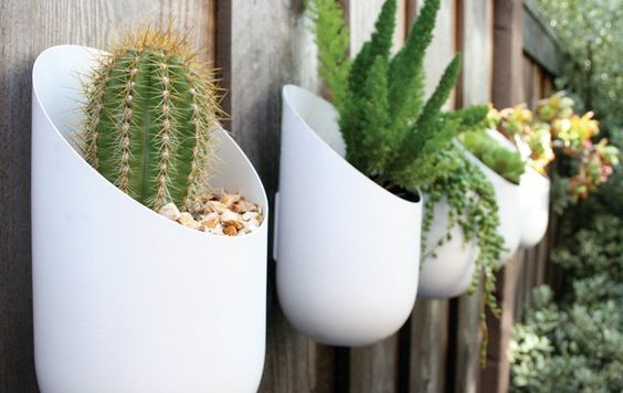 50 Ways to Reuse Plastic Bottles to Cute Planters Ideas 7