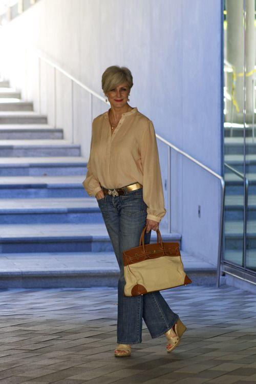 50 Ways to Wear Gold Belts Ideas 42