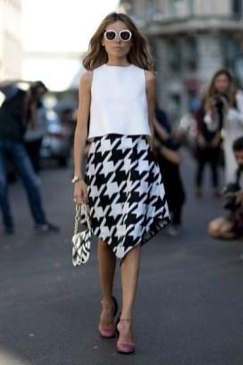 50 Ways to Wear White Sleeveless Top Ideas 10