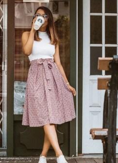 50 Ways to Wear White Sleeveless Top Ideas 15