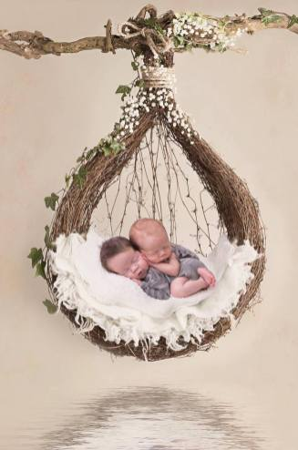100 Cute Twins New Born Photography You Can Copy 23 1