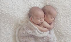 100 Cute Twins New Born Photography You Can Copy 4 1