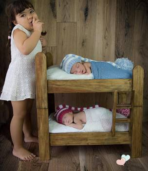100 Cute Twins New Born Photography You Can Copy 42