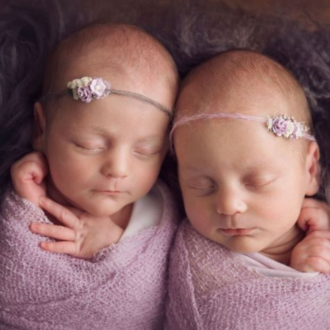 100 Cute Twins New Born Photography You Can Copy 57