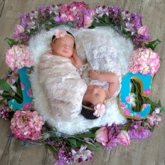 100 Cute Twins New Born Photography You Can Copy 71