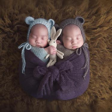100 Cute Twins New Born Photography You Can Copy 96