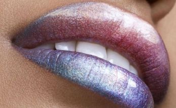 30 Holographic Lips Ideas 2