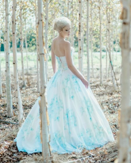 30 Soft Color Look Bridal Dresses Ideas 2