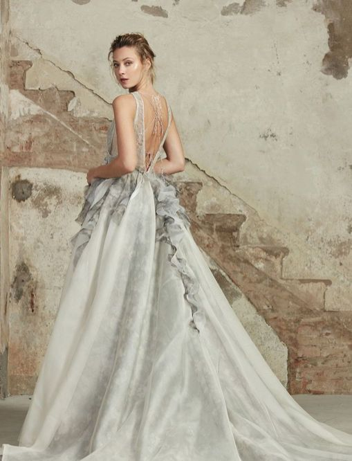 30 Soft Color Look Bridal Dresses Ideas 30