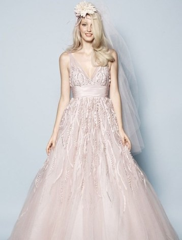 30 Soft Color Look Bridal Dresses Ideas 32