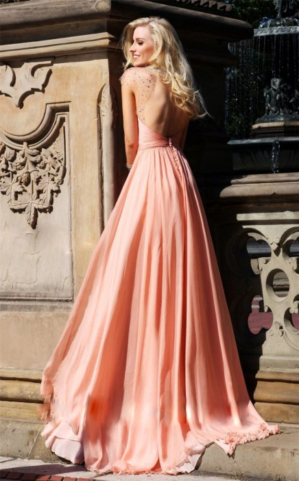 30 Soft Color Look Bridal Dresses Ideas 37