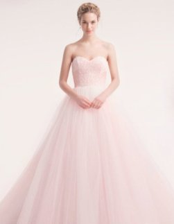 30 Soft Color Look Bridal Dresses Ideas 8