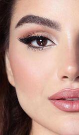 40 Cat Eye Makeup Ideas 41