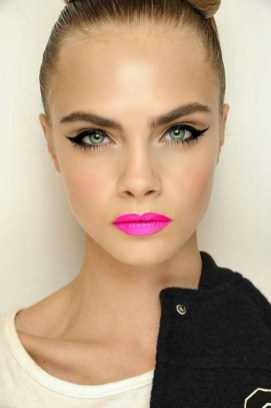 40 Cat Eye Makeup Ideas 5