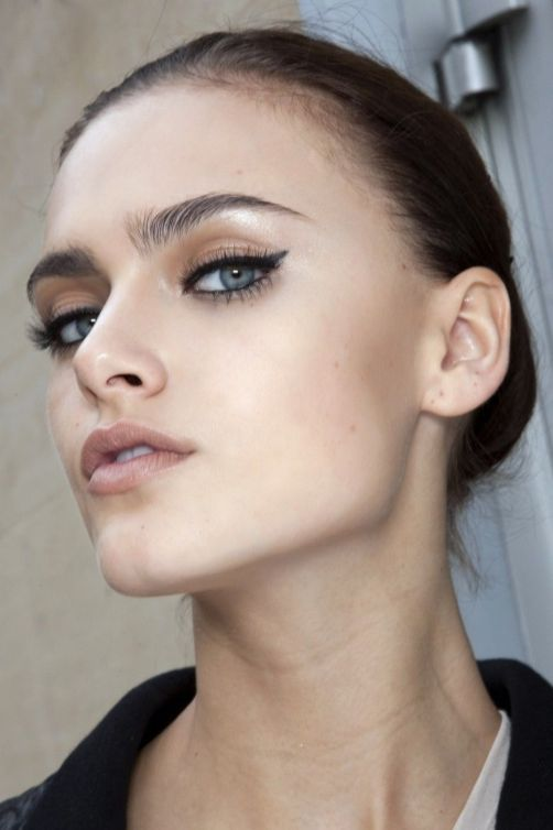 40 Cat Eye Makeup Ideas 9