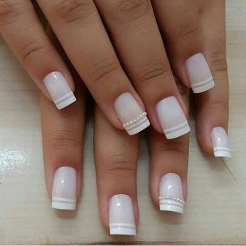 40 Elegant Look Bridal Nail Art Ideas 1