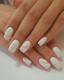 40 Elegant Look Bridal Nail Art Ideas 18