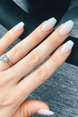 40 Elegant Look Bridal Nail Art Ideas 19