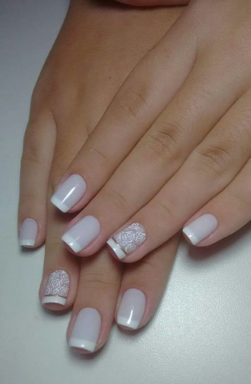 40 Elegant Look Bridal Nail Art Ideas 21