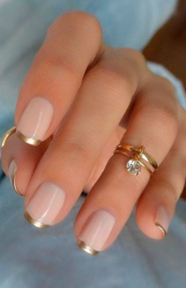 40 Elegant Look Bridal Nail Art Ideas 28