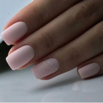 40 Elegant Look Bridal Nail Art Ideas 32