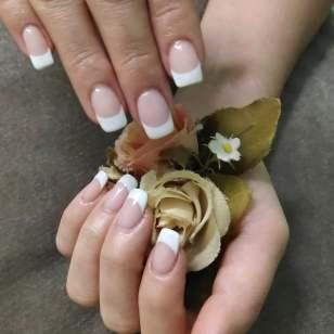 40 Elegant Look Bridal Nail Art Ideas 34