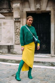 40 Fashionable Green Outfits Ideas 22