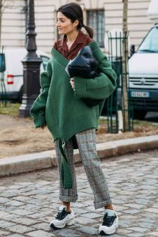 40 Fashionable Green Outfits Ideas 23