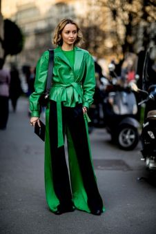 40 Fashionable Green Outfits Ideas 24