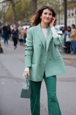 40 Fashionable Green Outfits Ideas 34