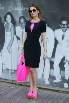 40 How to Wear Neon Shoes Ideas 31