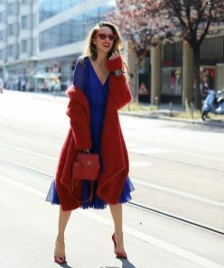 40 How to Wear Tea Lengh Dresses Street Style Ideas 21