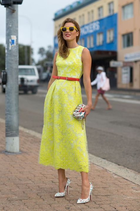 40 How to Wear Tea Lengh Dresses Street Style Ideas 25
