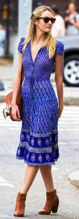 40 How to Wear Tea Lengh Dresses Street Style Ideas 36