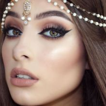 40 Night Party Makeup Look You Should Try 17