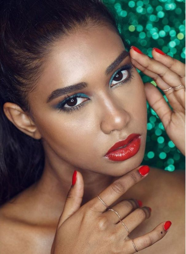 40 Night Party Makeup Look You Should Try 25