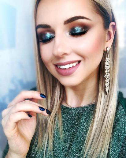 40 Night Party Makeup Look You Should Try 31