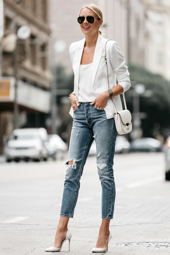 40 Ways to Look Stylish With White Heels Ideas 27