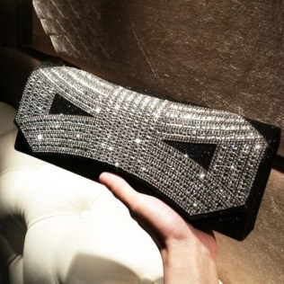 50 Chic Clutch Party Ideas 30