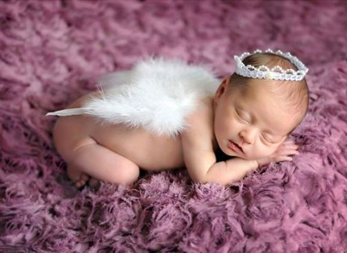 50 Cute Newborn Photos for Baby Girl Ideas 1