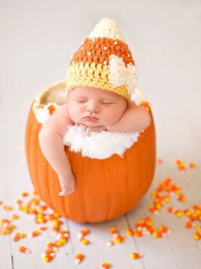 50 Cute Newborn Photos for Baby Girl Ideas 3