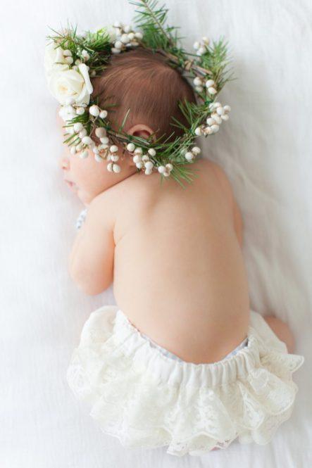 50 Cute Newborn Photos for Baby Girl Ideas 38