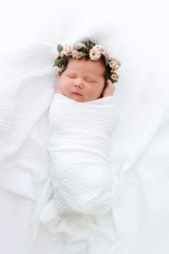 50 Cute Newborn Photos for Baby Girl Ideas 5