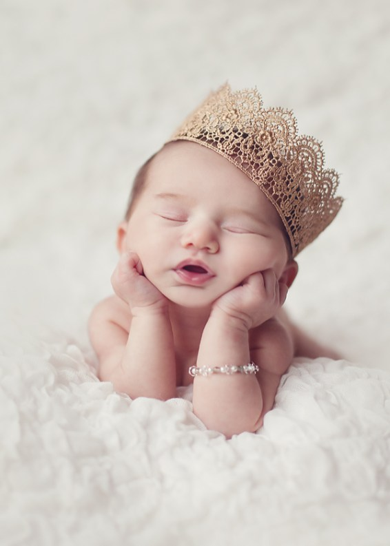 50 Cute Newborn Photos for Baby Girl Ideas 7