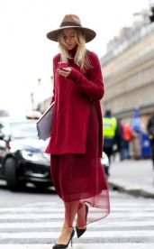 50 Fashionable Red Outfit Ideas 24