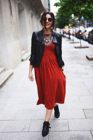 50 Fashionable Red Outfit Ideas 43
