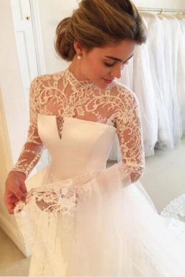50 Simple Glam Victorian Neck Style Bridal Dresses Ideas 25